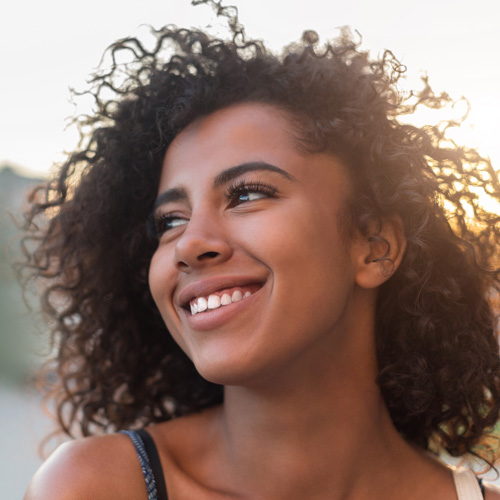 outdoor-portrait-of-smiling-girl